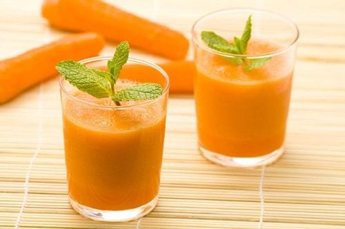 Cách làm sinh tố cà rốt đẹp da