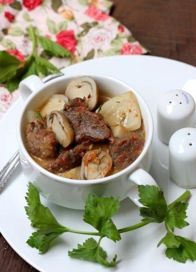 lưỡi bò nấu nấm