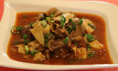 thịt bò hầm váng đậu