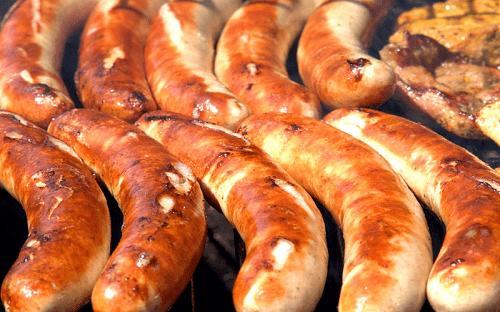 Lạp xưởng nướng