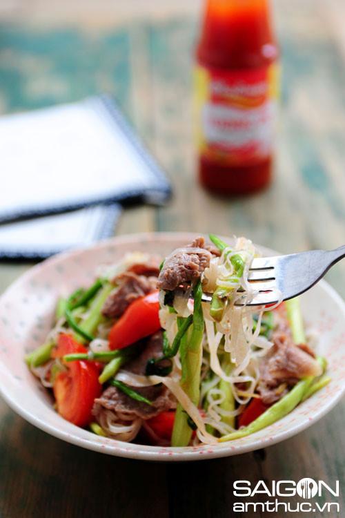 Hướng dẫn cách làm món mỳ chũ xào thịt bò