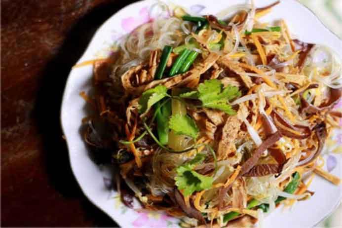 """Các món ăn với măng khô dễ làm, dễ ăn, không bị """"ngán"""""""