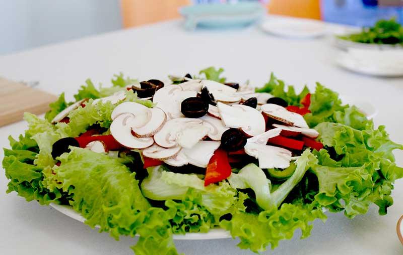salad nam mo ngon